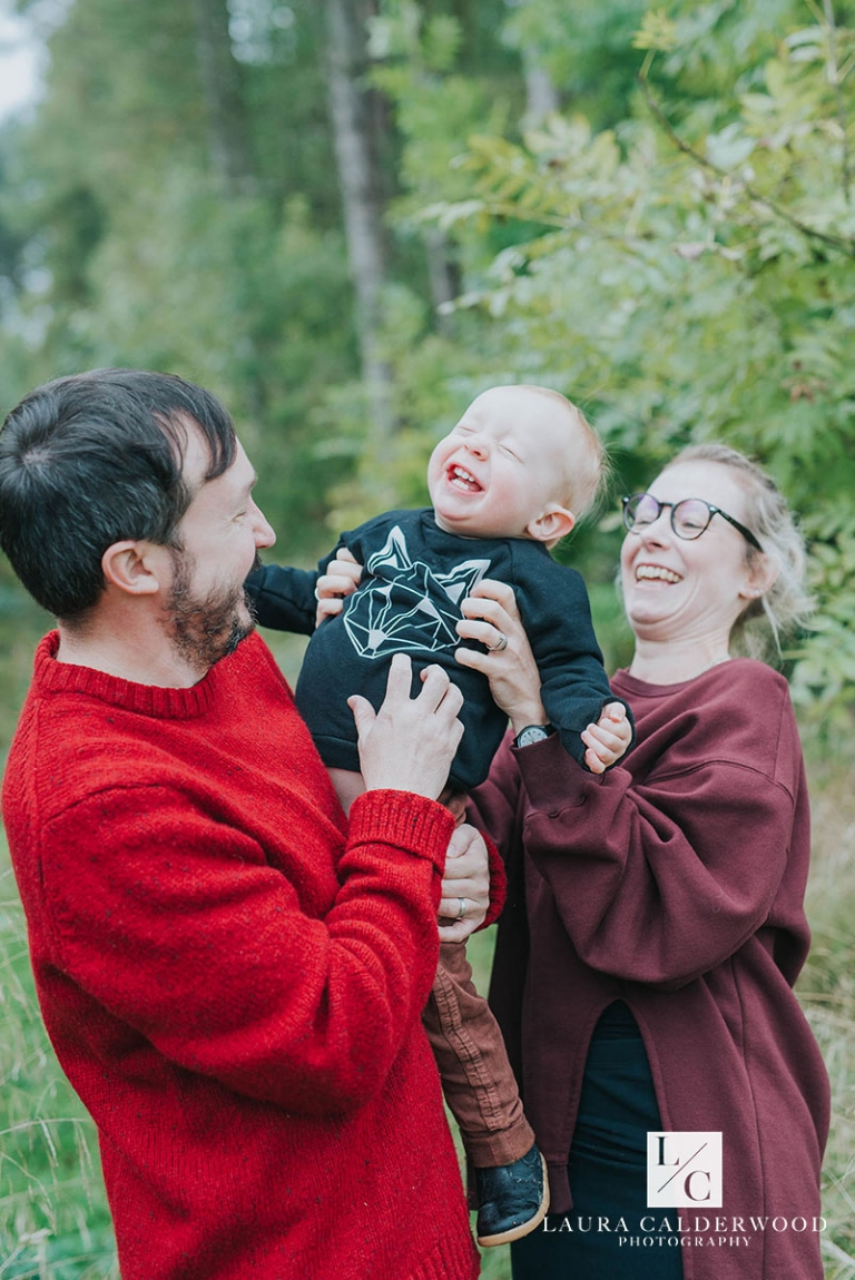 Yorkshire family photographer | family photo shoot at Swinsty Reservoir in Otley by Laura Calderwood Photography